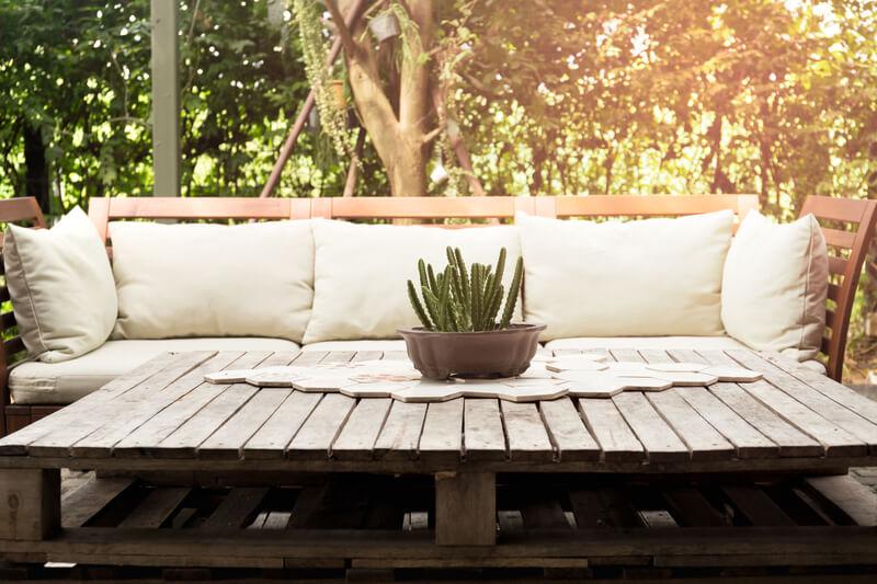 Ideale Zithoogte Loungebank.Zelf Een Loungebank Voor In De Tuin Maken